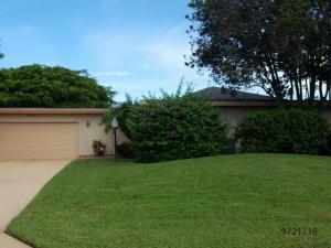 13297 Garth Court, West Palm Beach, FL 33418