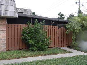 1023 Springdale Ct, Palm Springs, FL 33461