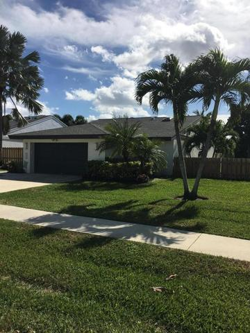 23 Baytree Cir, Boynton Beach, FL 33436