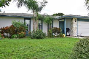 694 SE Evergreen, Port Saint Lucie, FL 34953