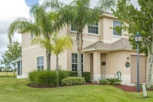 9988 E Villa Cir, Vero Beach, FL 32966