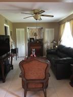 2581 N Garden Dr #101, Lake Worth, FL 33461