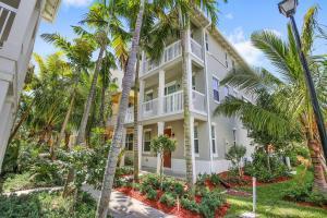100 W Coda Cir #A, Delray Beach, FL 33444