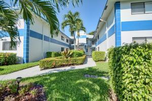 15301 Pembridge Avenue #67, Delray Beach, FL 33484