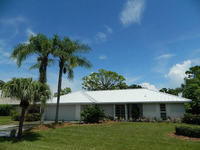 3871 SE Fairway, Stuart, FL 34997