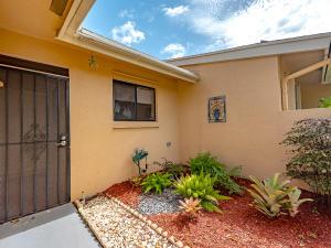 6395 Toulon Drive, Boca Raton, FL 33433
