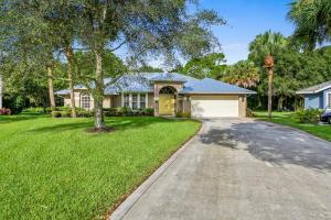 3499 SW Thistlewood Ln, Palm City, FL 34990