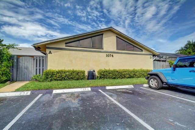 1074 Summit Trail Cir #B, West Palm Beach, FL 33415