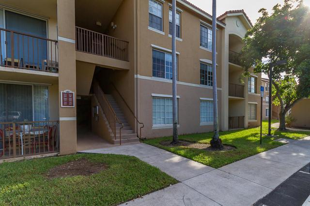 716 Villa Cir #716, Boynton Beach, FL 33435