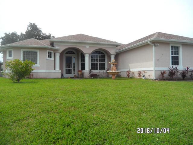 2020 SW Aaron Ln, Port Saint Lucie, FL 34953