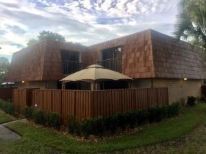 419 Buttonwood Ln, Boynton Beach, FL 33436