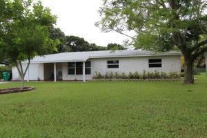 2508 Newport Dr, Fort Pierce, FL 34982