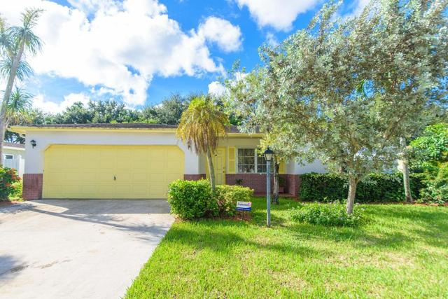 10710 Emperor St, Boca Raton, FL 33428