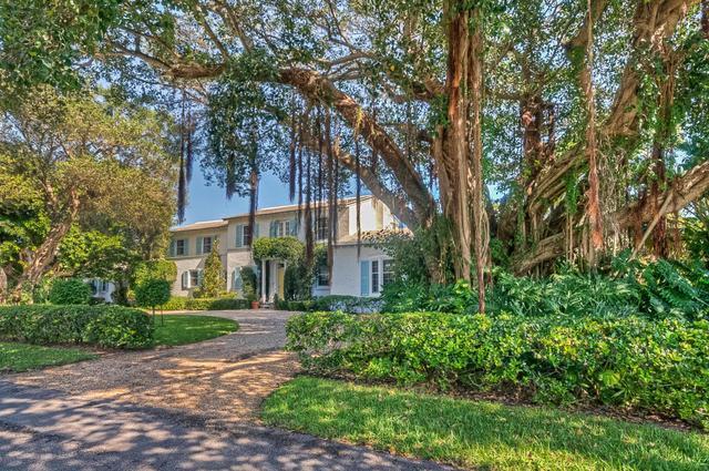 1240 Cocoanut Rd, Boca Raton, FL 33432