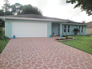 1681 SE Clearmont Street, Port Saint Lucie, FL 34983