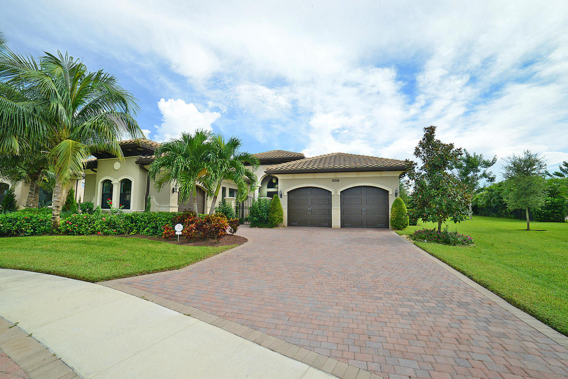 8317 Hawks Gully Avenue, Delray Beach, FL 33446