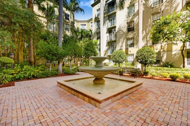 651 Okeechobee Blvd #209, West Palm Beach, FL 33401