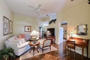 200 Garden Grove Parkway, Vero Beach, FL 32962