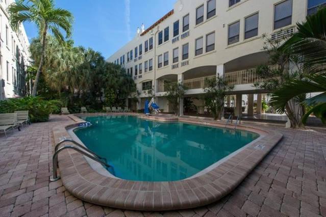 235 Sunrise Ave #2038, Palm Beach, FL 33480