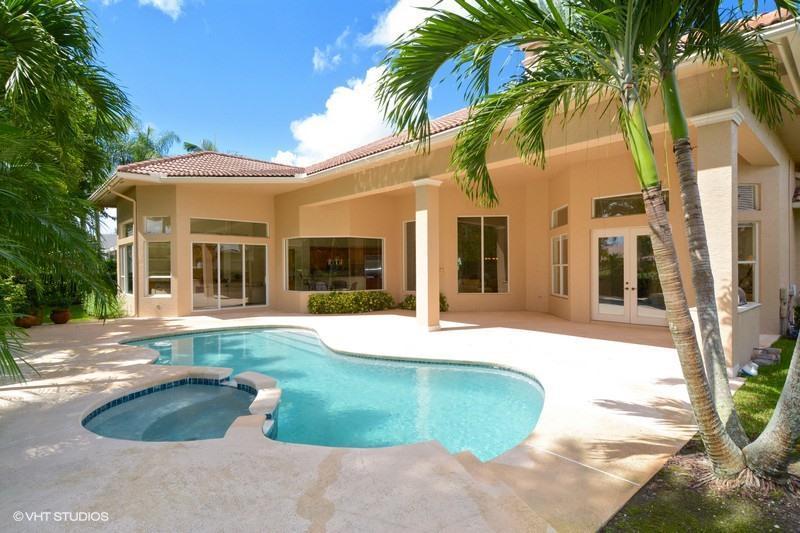 10151 Heronwood Lane, West Palm Beach, FL 33412