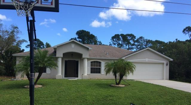 1633 SW Burlington St, Port Saint Lucie, FL 34984