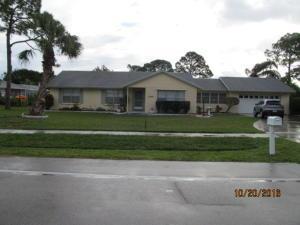 2141 SE Morningside Blvd, Port Saint Lucie, FL 34952