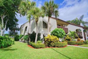 10155 Mangrove Drive #201, Boynton Beach, FL 33437