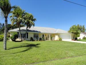 3042 SE Dalhart Rd, Port Saint Lucie, FL 34952