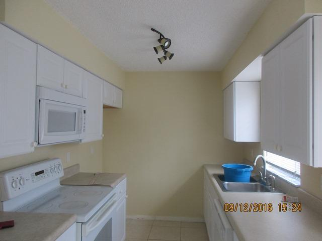 635 20th Place, Vero Beach, FL 32962