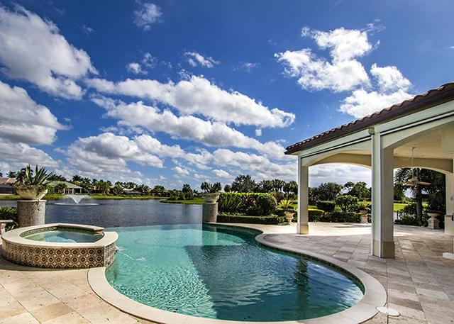 7310 Winding Bay Ln, West Palm Beach, FL 33412