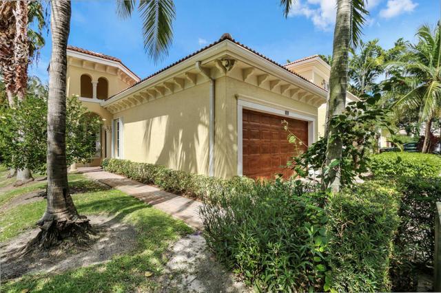 111 Renaissance Dr, North Palm Beach, FL 33410