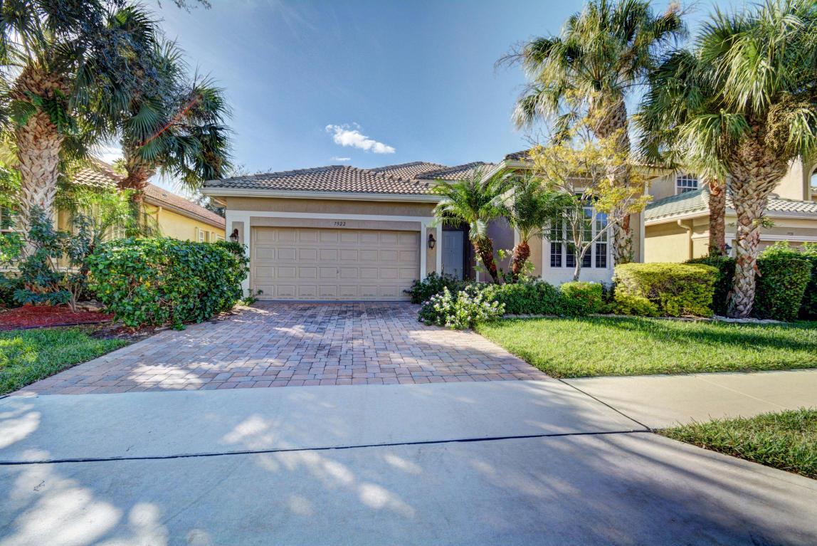 7922 Monarch Court, Delray Beach, FL 33446