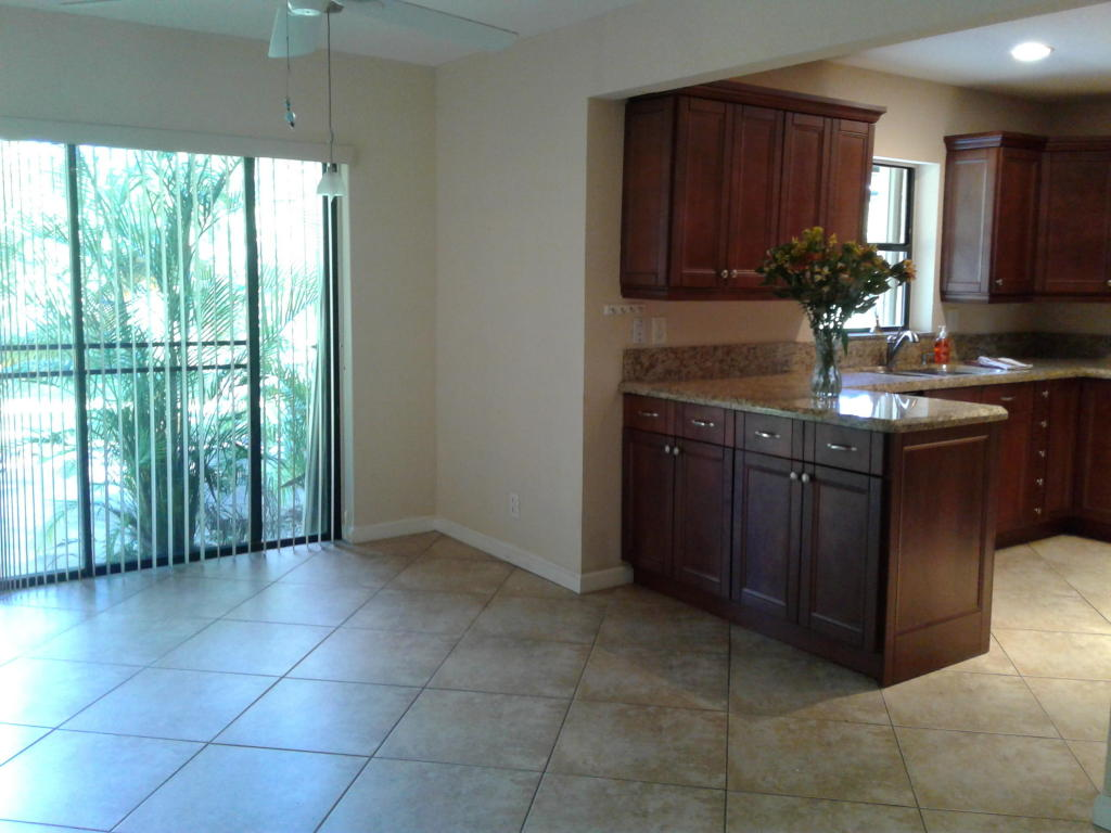 833 NW 23rd Lane, Delray Beach, FL 33445
