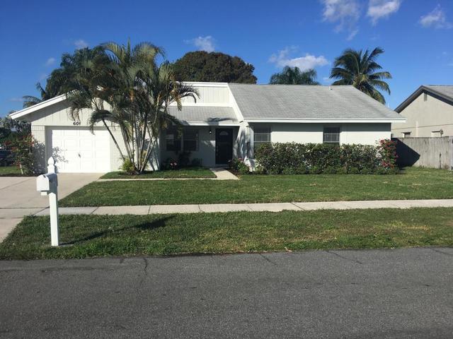 601 NW 10th Ct, Boynton Beach, FL 33426