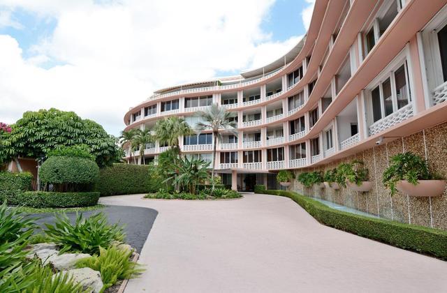 315 S Lake Dr #4F, Palm Beach, FL 33480