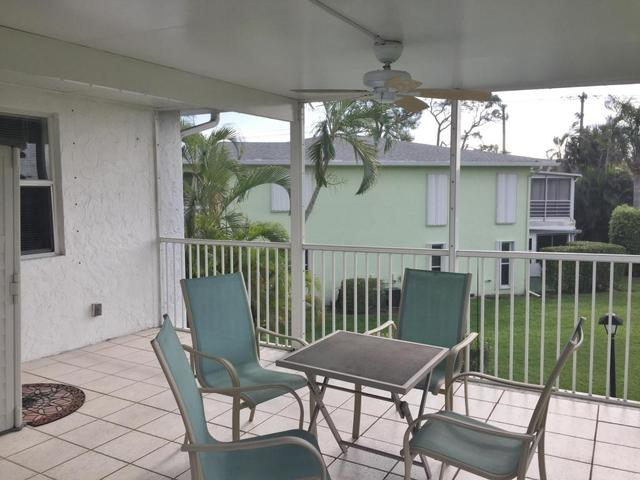2915 SW 15th St #201, Delray Beach, FL 33445