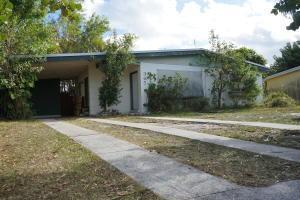 365 SE Airoso Blvd, Port Saint Lucie, FL 34983