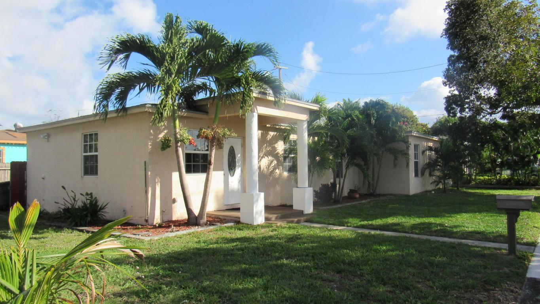 1009 Hampton Road, West Palm Beach, FL 33405