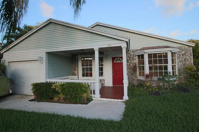 5040 Brian Blvd, Boynton Beach, FL 33472