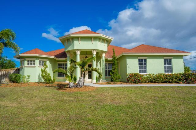 1153 SW Khan Dr, Port Saint Lucie, FL 34953