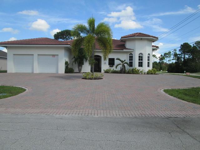1701 SW Commerce Ave, Port Saint Lucie, FL 34953
