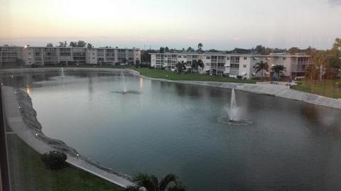 2615 Garden Dr #403, Lake Worth, FL 33461