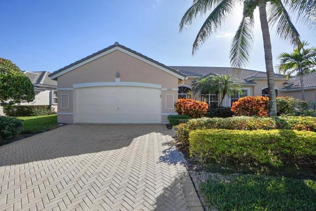 8867 Brittany Lakes Dr, Boynton Beach, FL 33472