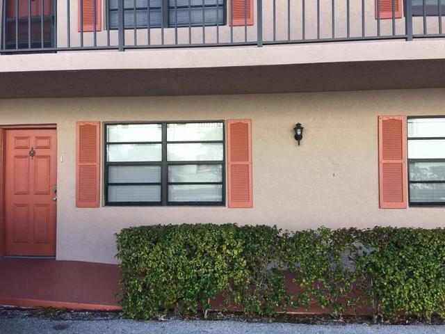 135 Shore Ct #102, North Palm Beach, FL 33408