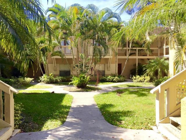 4767 Via Palm Lks #207, West Palm Beach, FL 33417