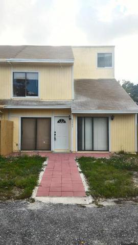 9242 Green Meadows Way, Palm Beach Gardens, FL 33418