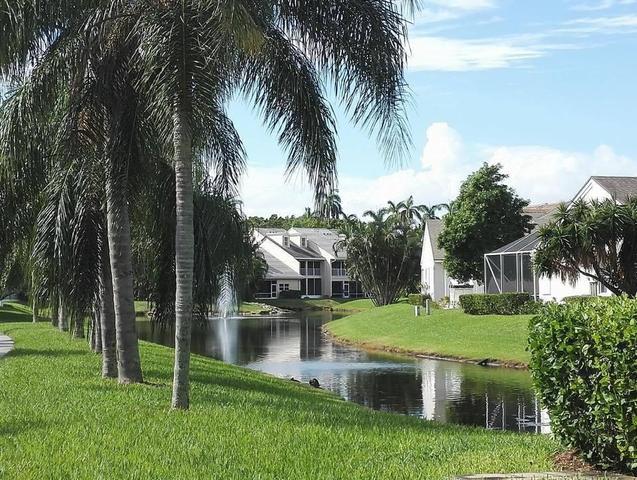 229 N Lakeshore Dr, Hypoluxo, FL 33462