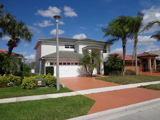 1676 S Club Dr, Wellington, FL 33414