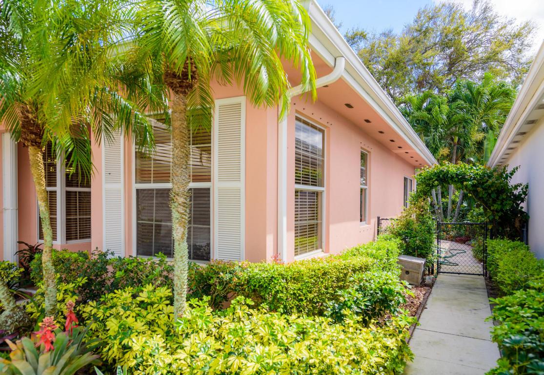 8512 Doverbrook Dr, Palm Beach Gardens, FL 33410 MLS# RX-10318342 ...
