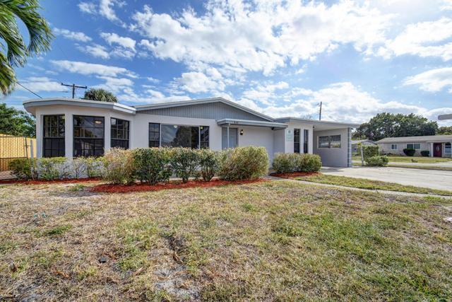 688 NW 20th St, Pompano Beach, FL 33060